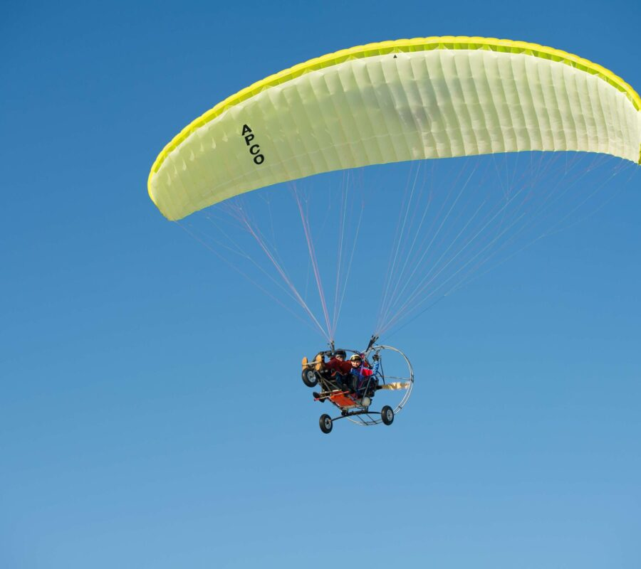 paragliding-in-dubai-divisdeals